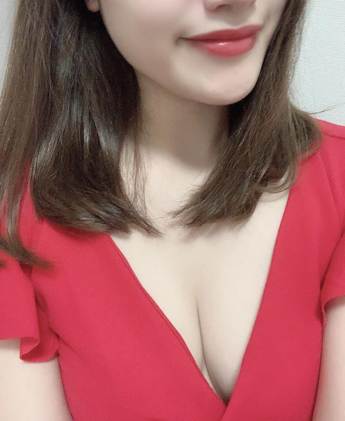 新人 さえり(紗衣梨)25歳 156cmの写真1