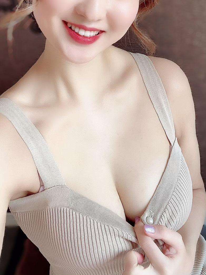 ミオ ☆色白美肌にうっとり☆の写真1