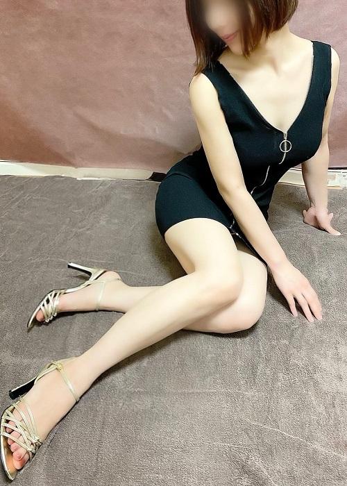新人サヨの写真1