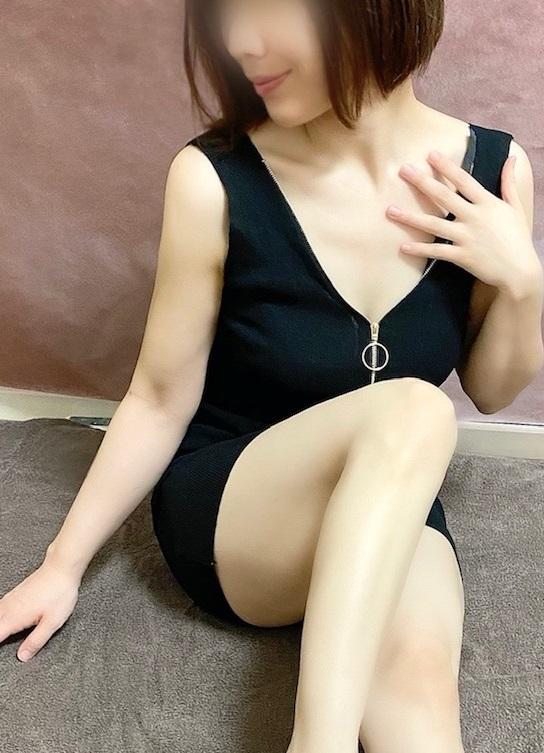 新人サヨの写真2