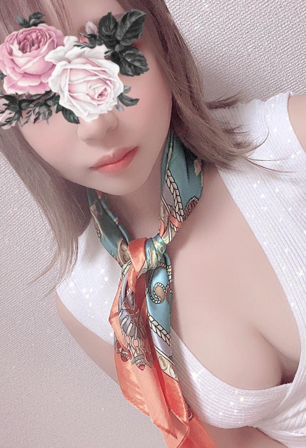 アイドル顔負けメジャー級美女♡七瀬みお