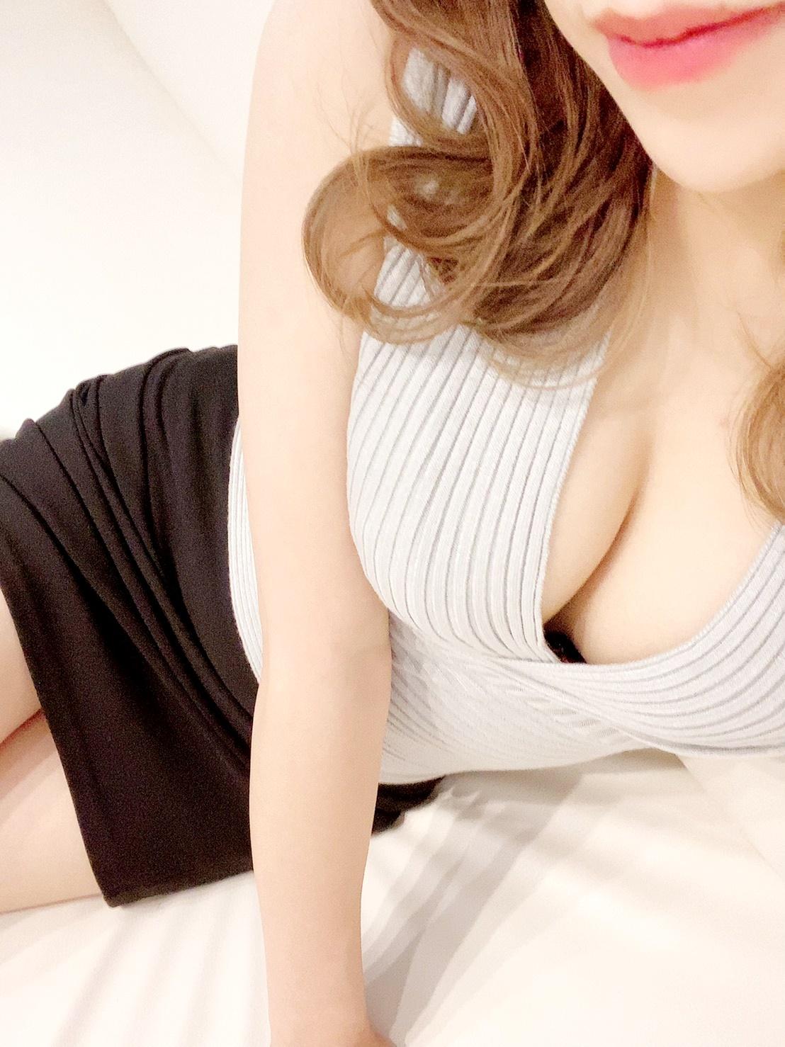 NEW【りん】セラピスト  (29歳)の写真2